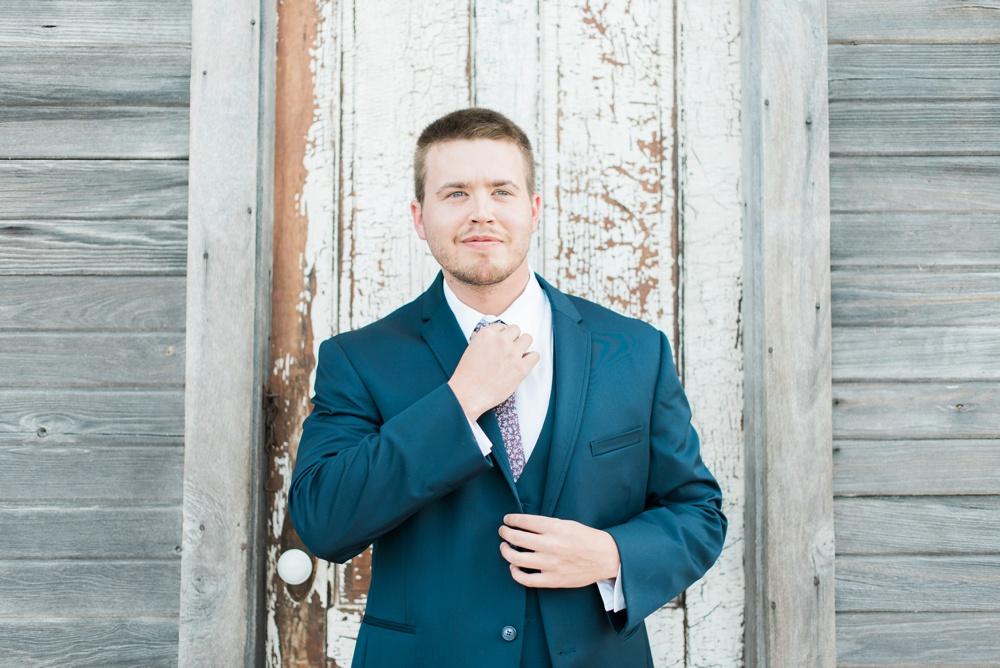 blessings-farmstead-wedding-lancaster-ohio-whitney-colby_0084.jpg