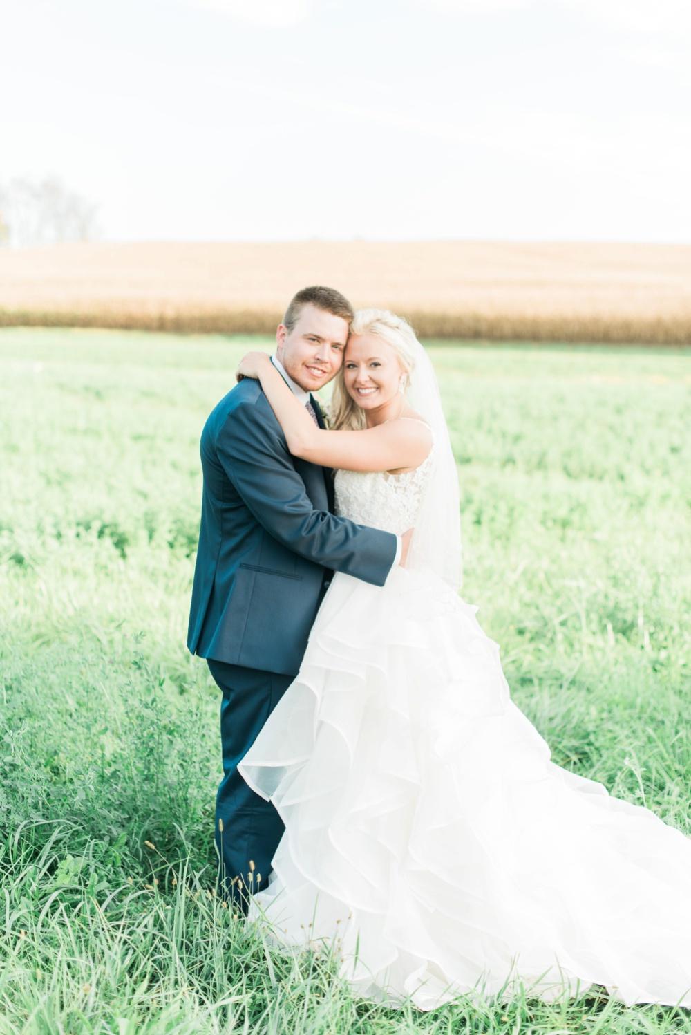 blessings-farmstead-wedding-lancaster-ohio-whitney-colby_0144.jpg