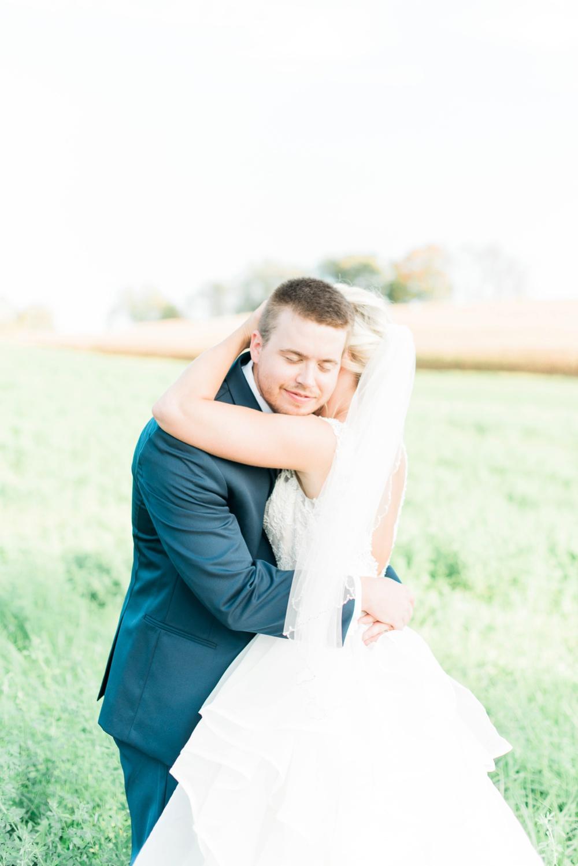 blessings-farmstead-wedding-lancaster-ohio-whitney-colby_0150.jpg