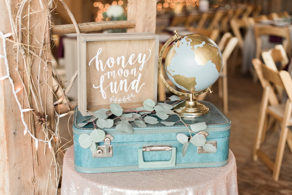 blessings-farmstead-wedding-lancaster-ohio-whitney-colby_0152.jpg