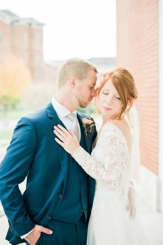 ohio-university-walter-hall-wedding-athens-anna-mark_0062.jpg