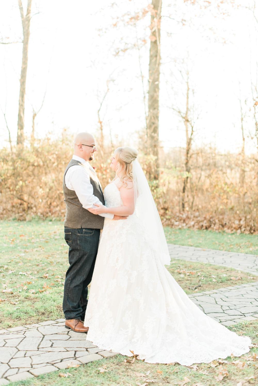 brookshire-delaware-ohio-december-wedding_0033.jpg