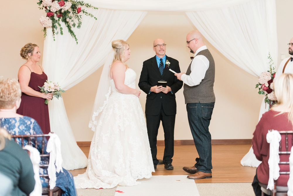 brookshire-delaware-ohio-december-wedding_0083.jpg