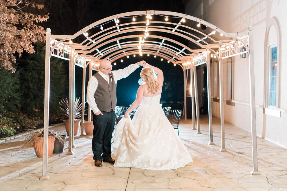 brookshire-delaware-ohio-december-wedding_0100.jpg