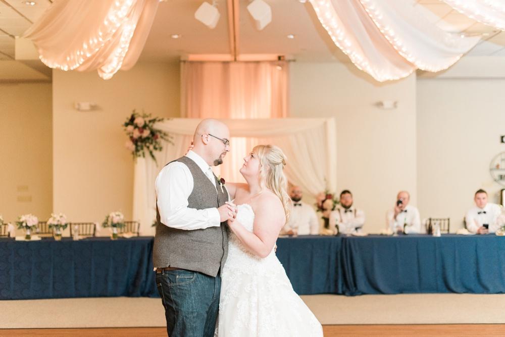 brookshire-delaware-ohio-december-wedding_0104.jpg