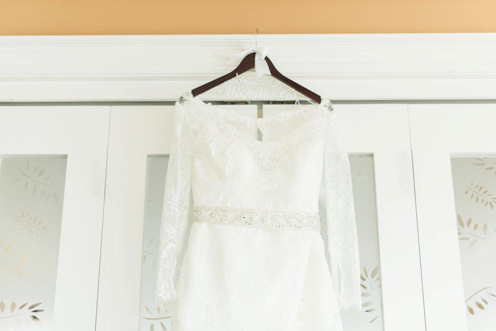 creekside-gahanna-ohio-wedding-melissa-matt_0004.jpg