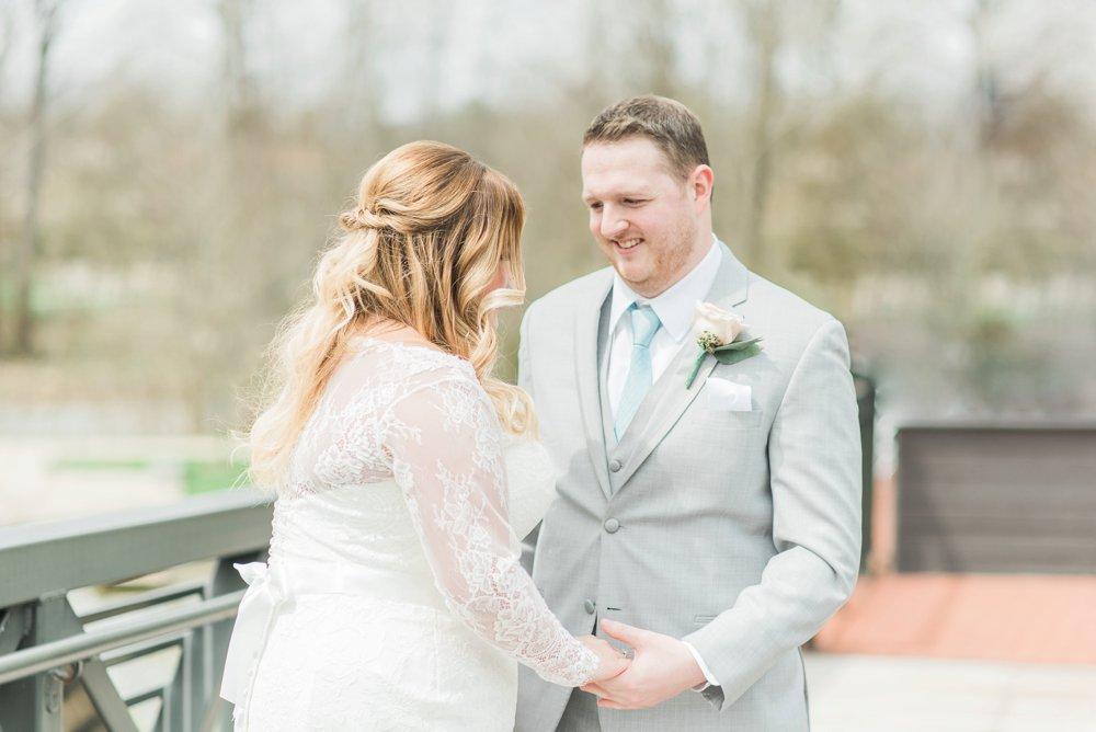 creekside-gahanna-ohio-wedding-melissa-matt_0027.jpg