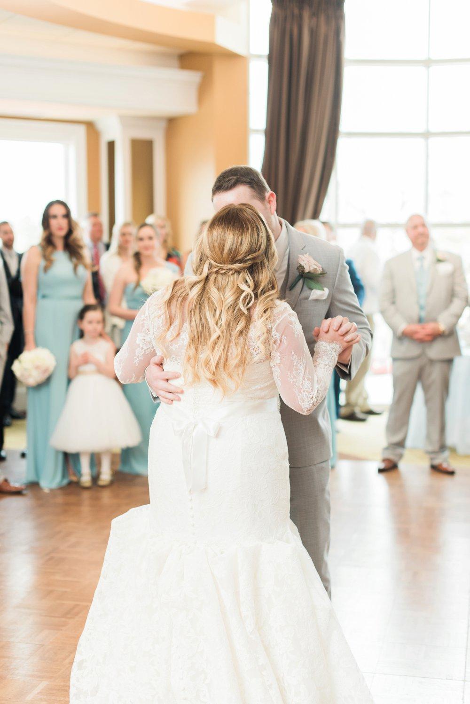 creekside-gahanna-ohio-wedding-melissa-matt_0102.jpg