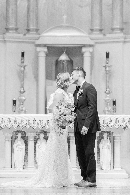 marietta-ohio-wedding-adelphia-music-hall-st-mary-basillica_0186.jpg