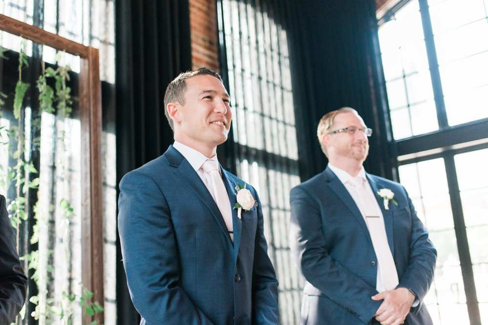 high-line-car-house-wedding-columbus-ohio-phootographer_0091.jpg