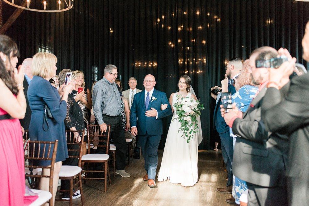 high-line-car-house-wedding-columbus-ohio-phootographer_0092.jpg