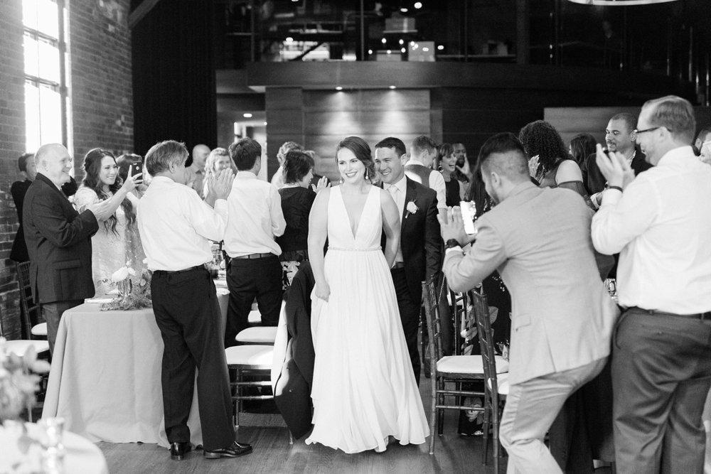 high-line-car-house-wedding-columbus-ohio-phootographer_0120.jpg