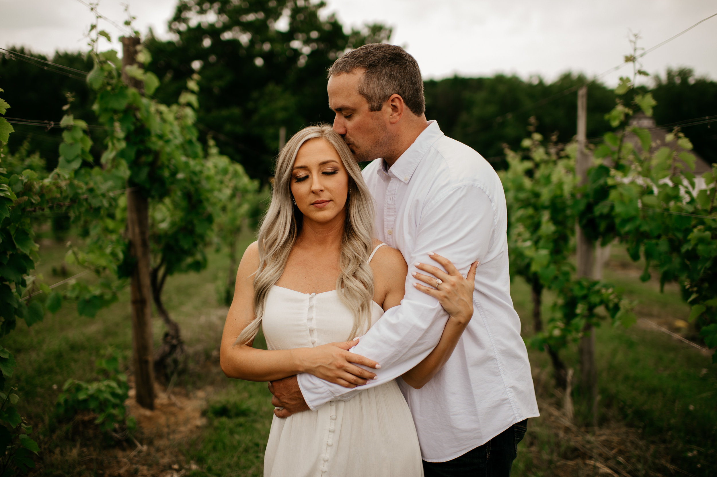 Round Barn Winery Engagement Session