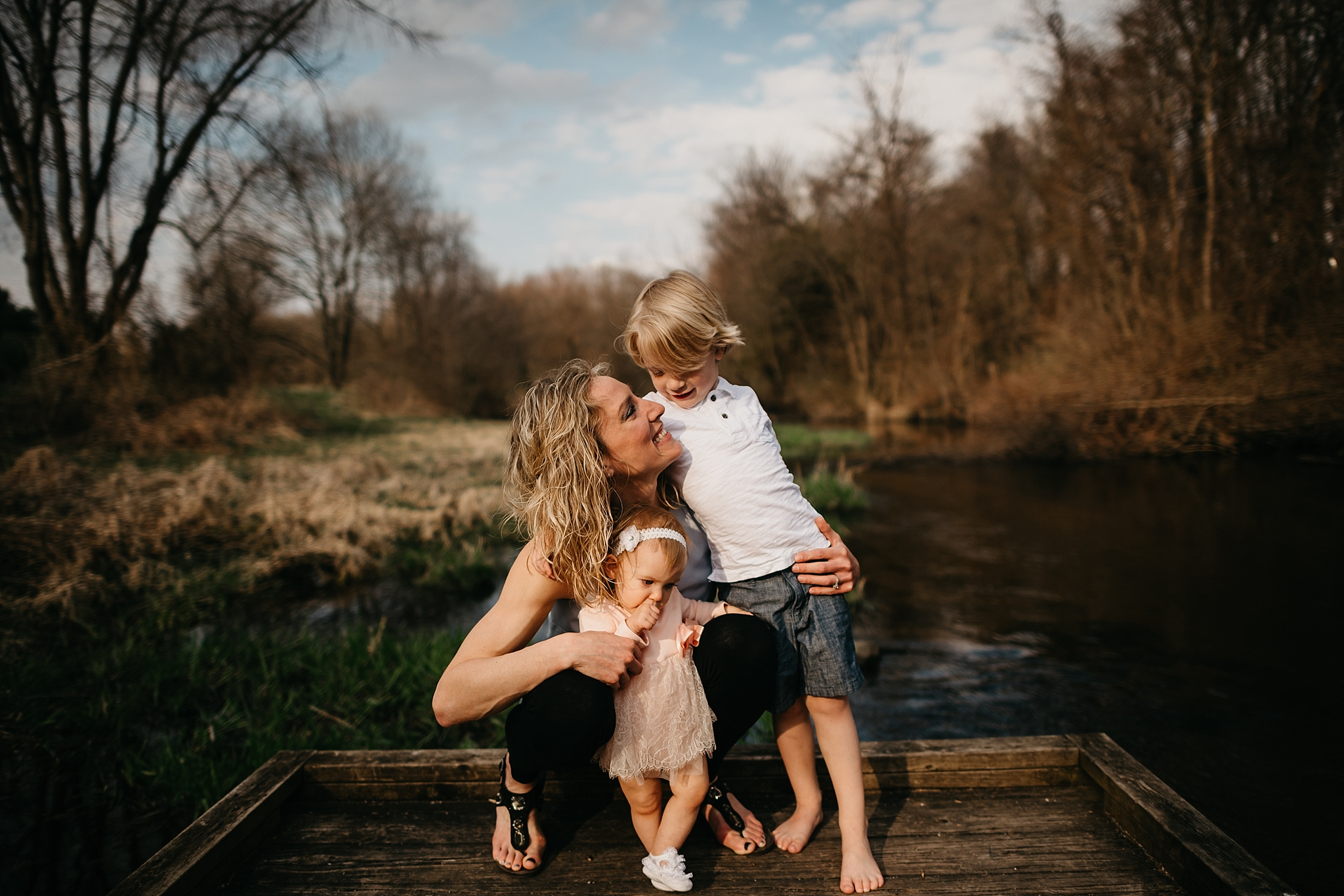 Northwest Indiana Family Photography - Hey Sisters! Photography