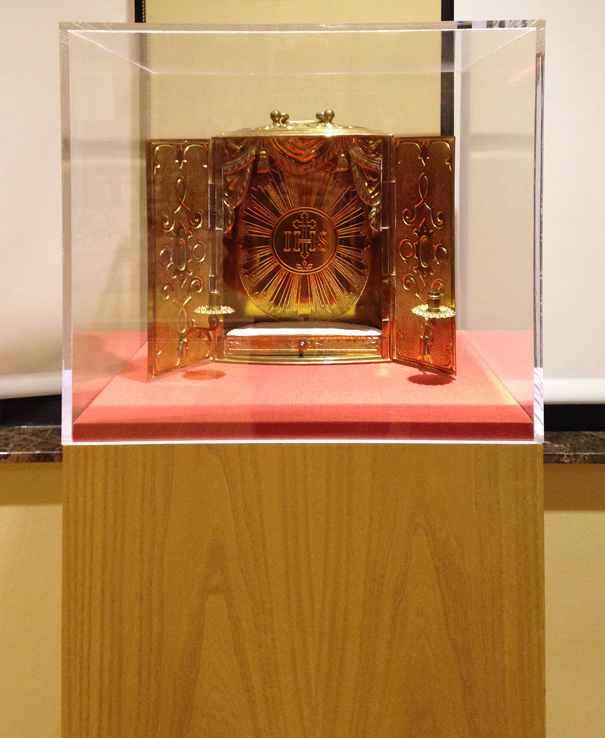 mother_cabrini_tabernacle.jpg
