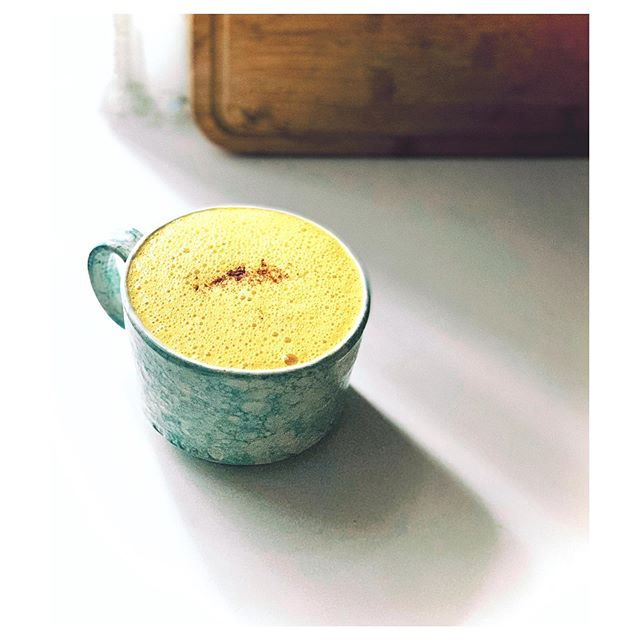 Ayurvedic cold remedies in my favorite mug 💛🧡 Golden Milk Latte  1/4 tsp fresh ginger  1/4 tsp ground cinnamon  1 1/2 Tbs ground turmeric  1 Tbs Honey  1 pinch black pepper  3/4 cup almond milk  3/4 cup coconut milk (from can). . . . . #ayurveda #ayurvedalifestyle #coldremedy #turmeric #turmericlatte #goldenmilk #healingfoods