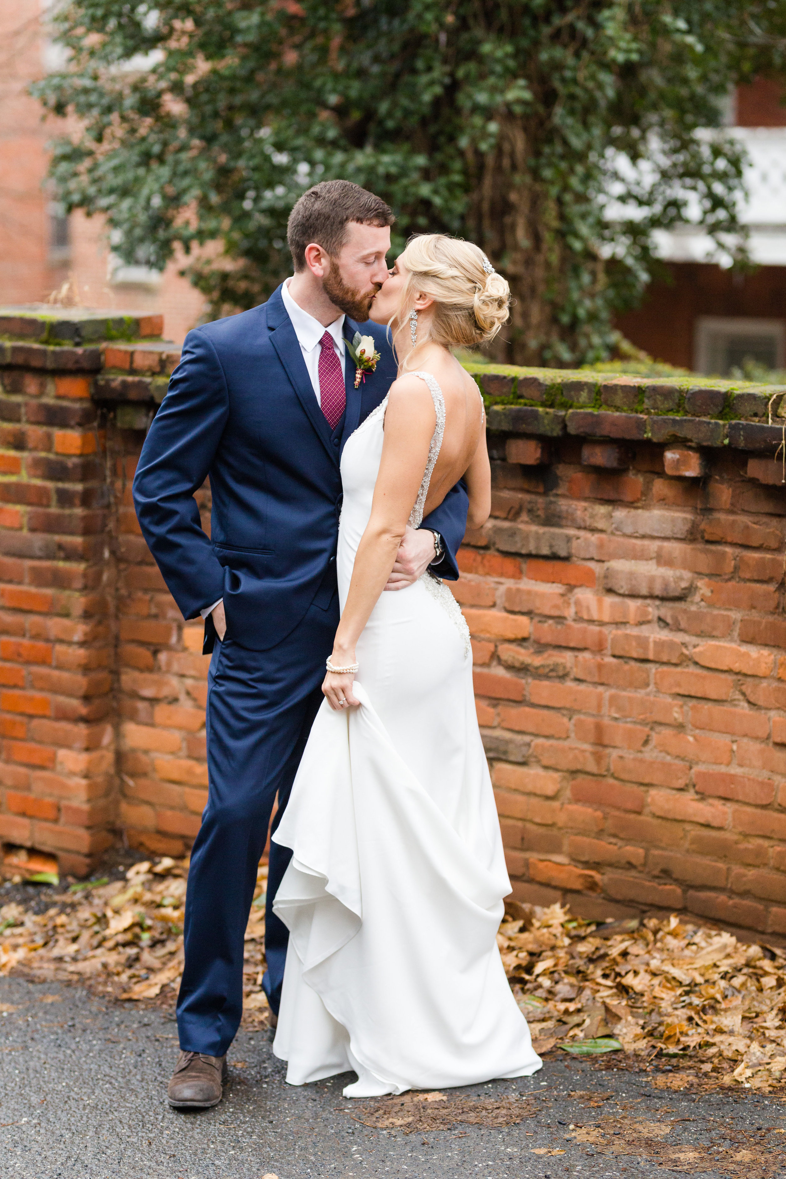 stonewall jackson wedding-31.jpg