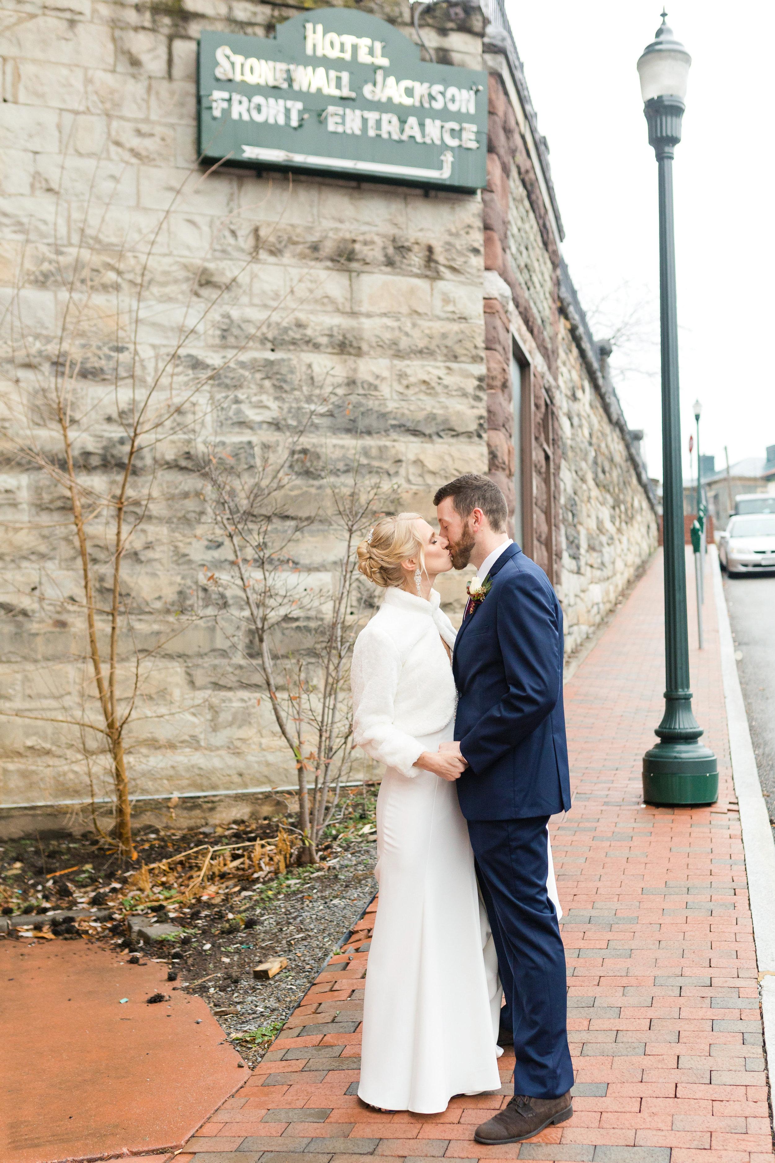 stonewall jackson wedding-57.jpg