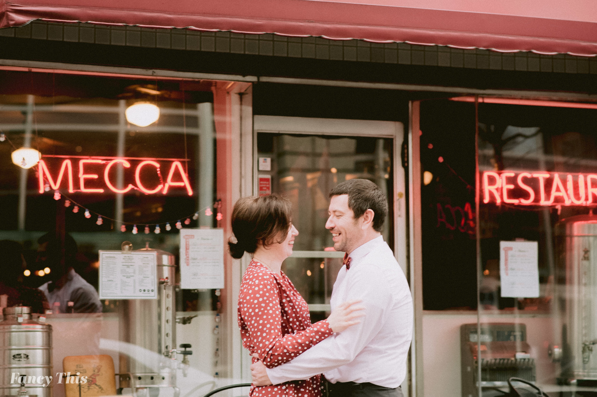 raleighengagementdowntown_fancythis_ncweddingphotographer-35.jpg