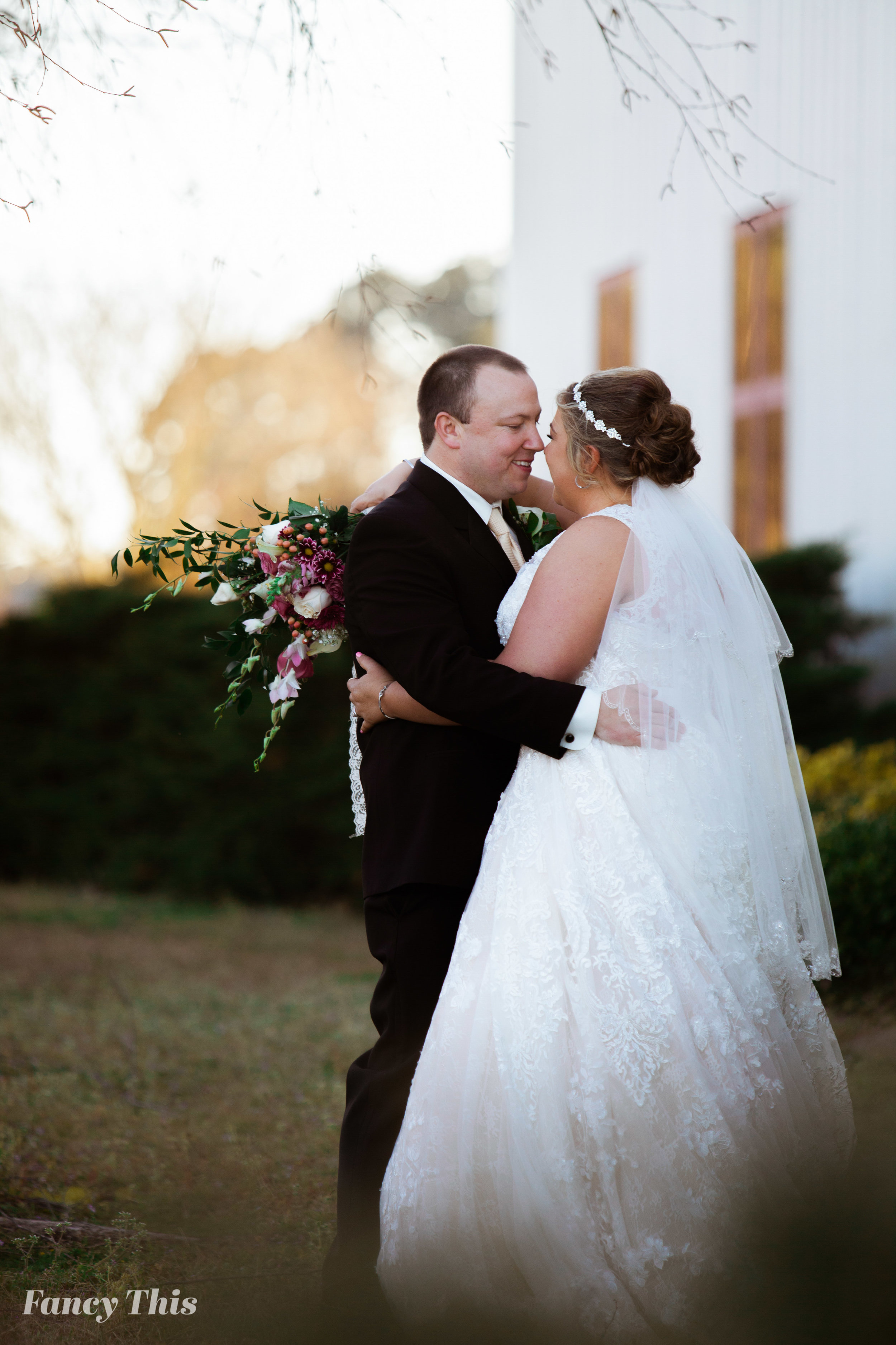 easternncweddingphotographer_williamstonwedding_bobmartinagriculturewedding-373.jpg