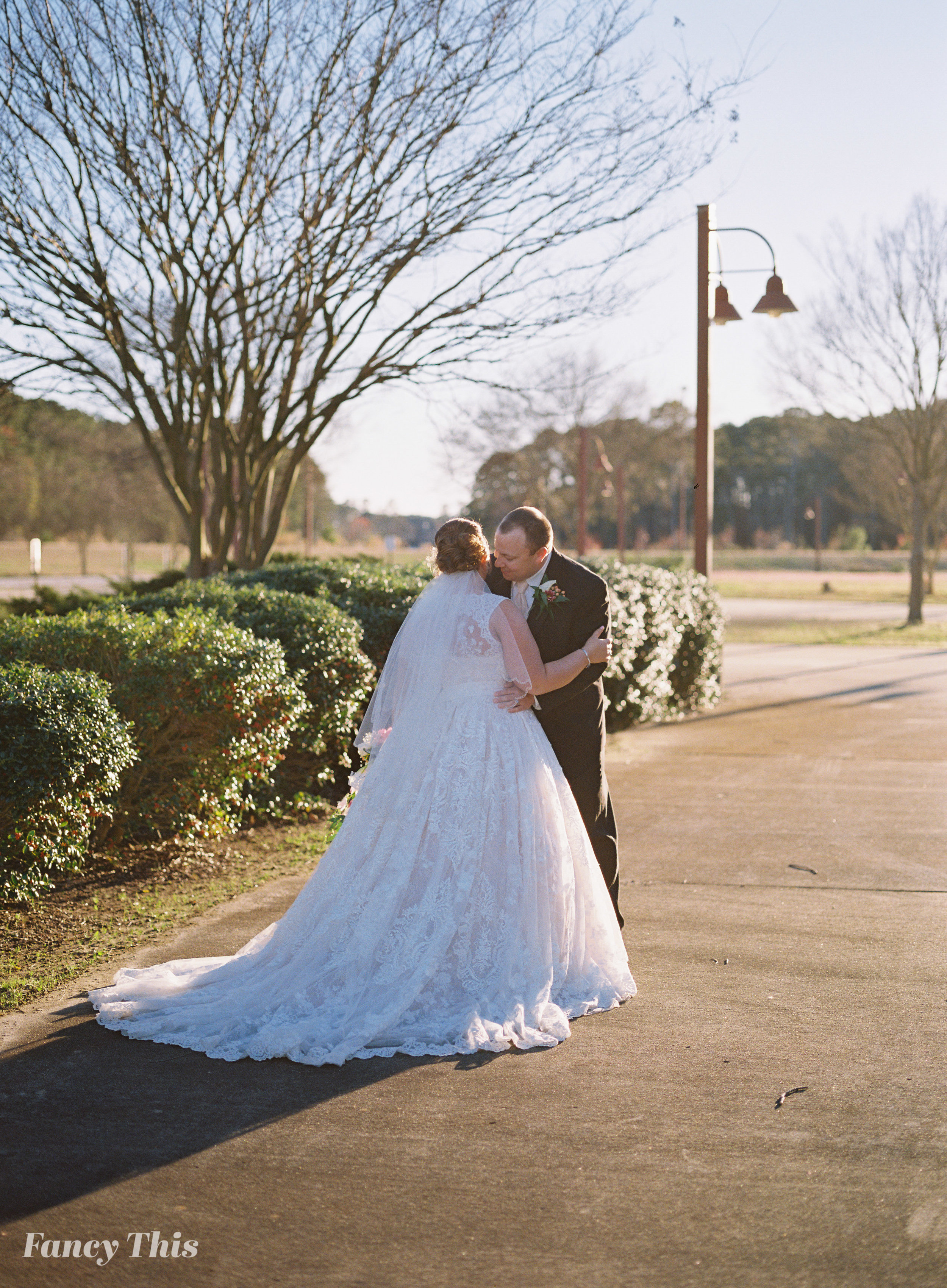 easternncweddingphotographer_williamstonwedding_bobmartinagriculturewedding-384.jpg