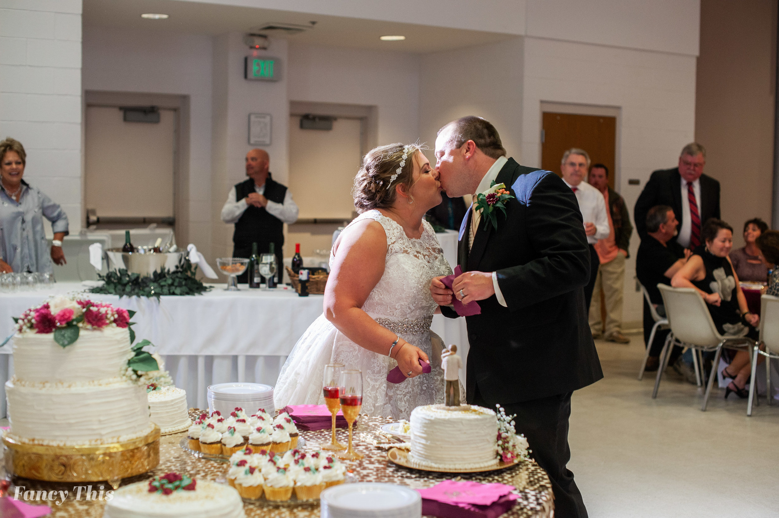 easternncweddingphotographer_williamstonwedding_bobmartinagriculturewedding-626.jpg