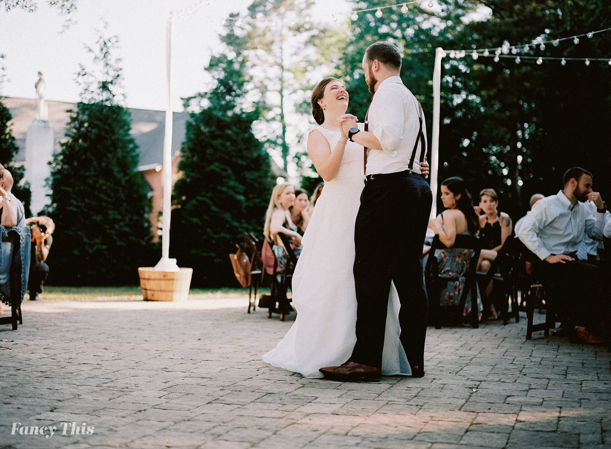 themimshousewedding_summerweddinginhollysprings_fancythis-506.jpg
