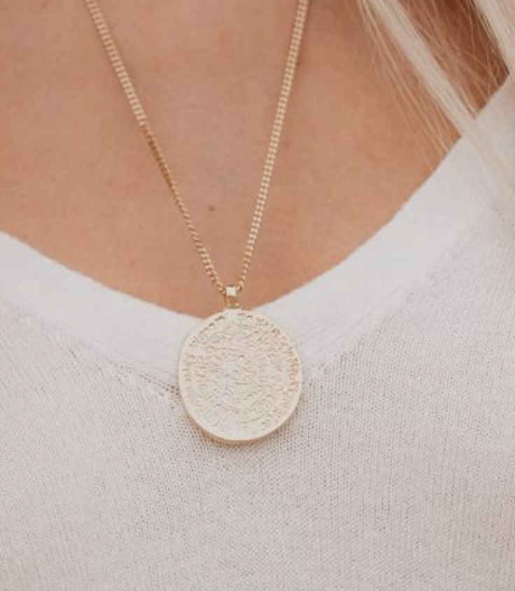 Click for necklaces -