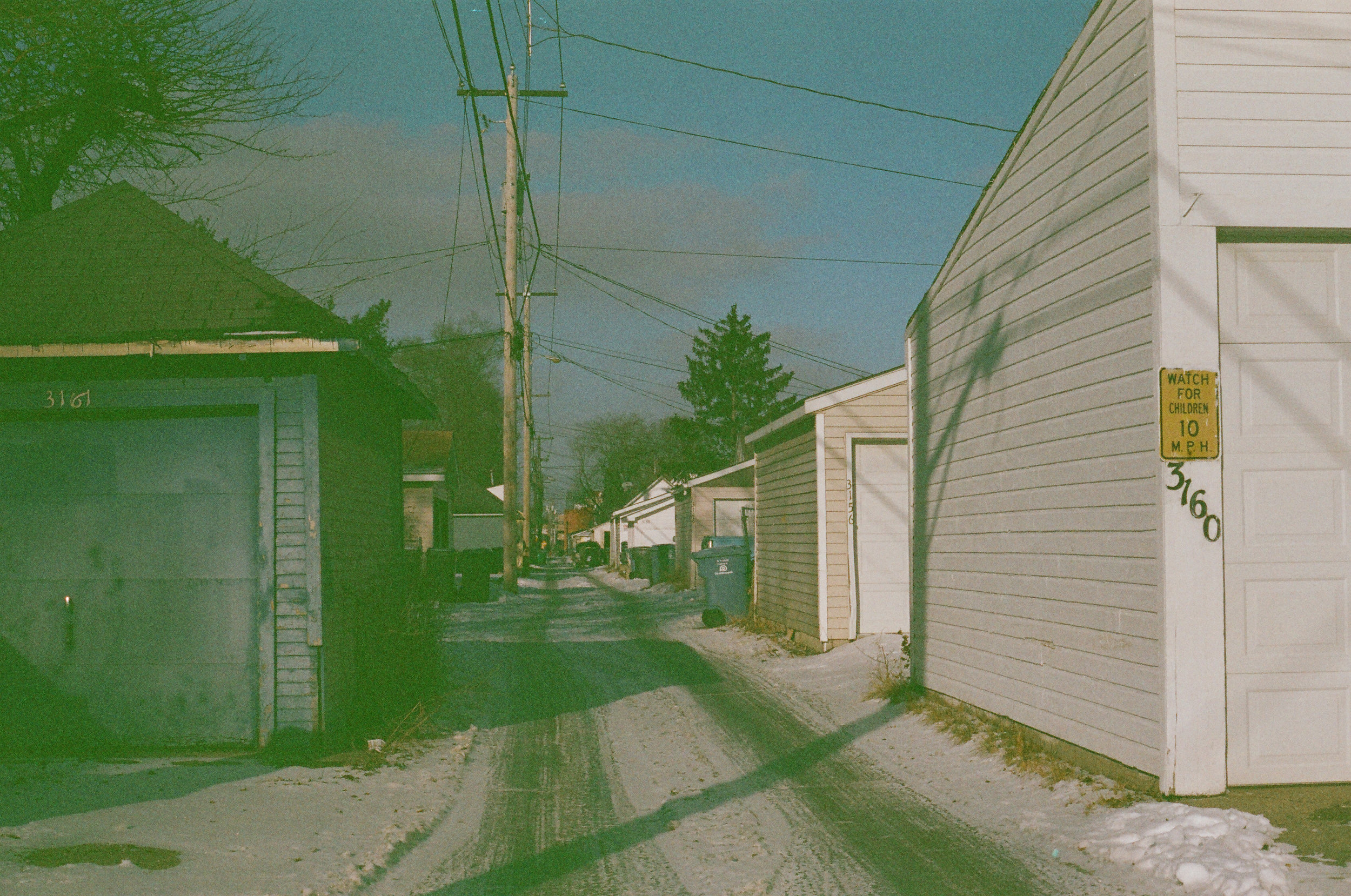 winter2018_0005_alley.jpg
