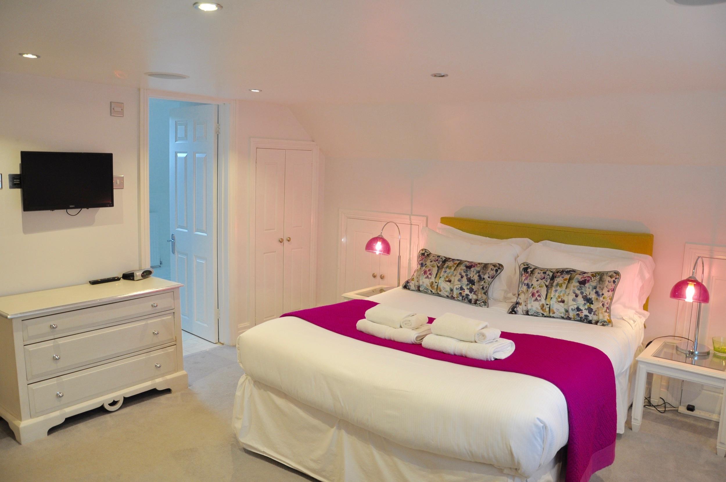 Ensuite bedroom, Bedroom 2