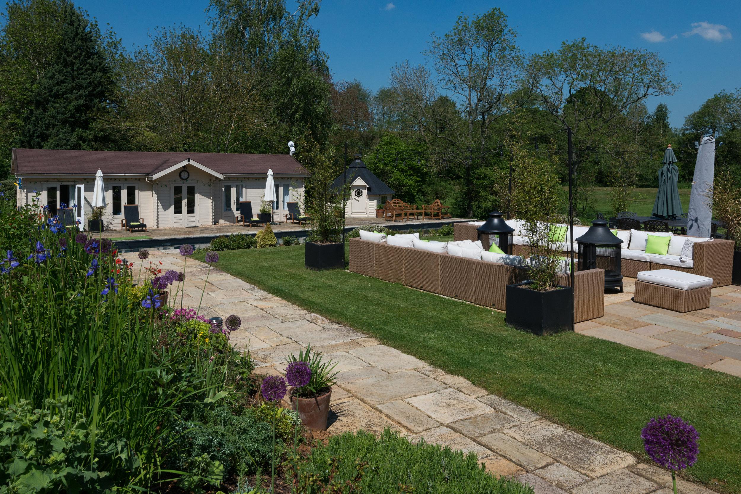Open plan outdoor living spaces