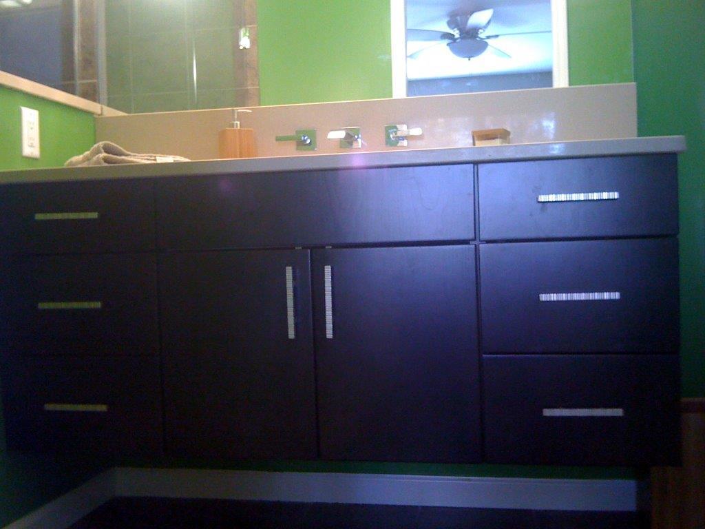 Rekittke Master Bath Vanity New Look.jpg