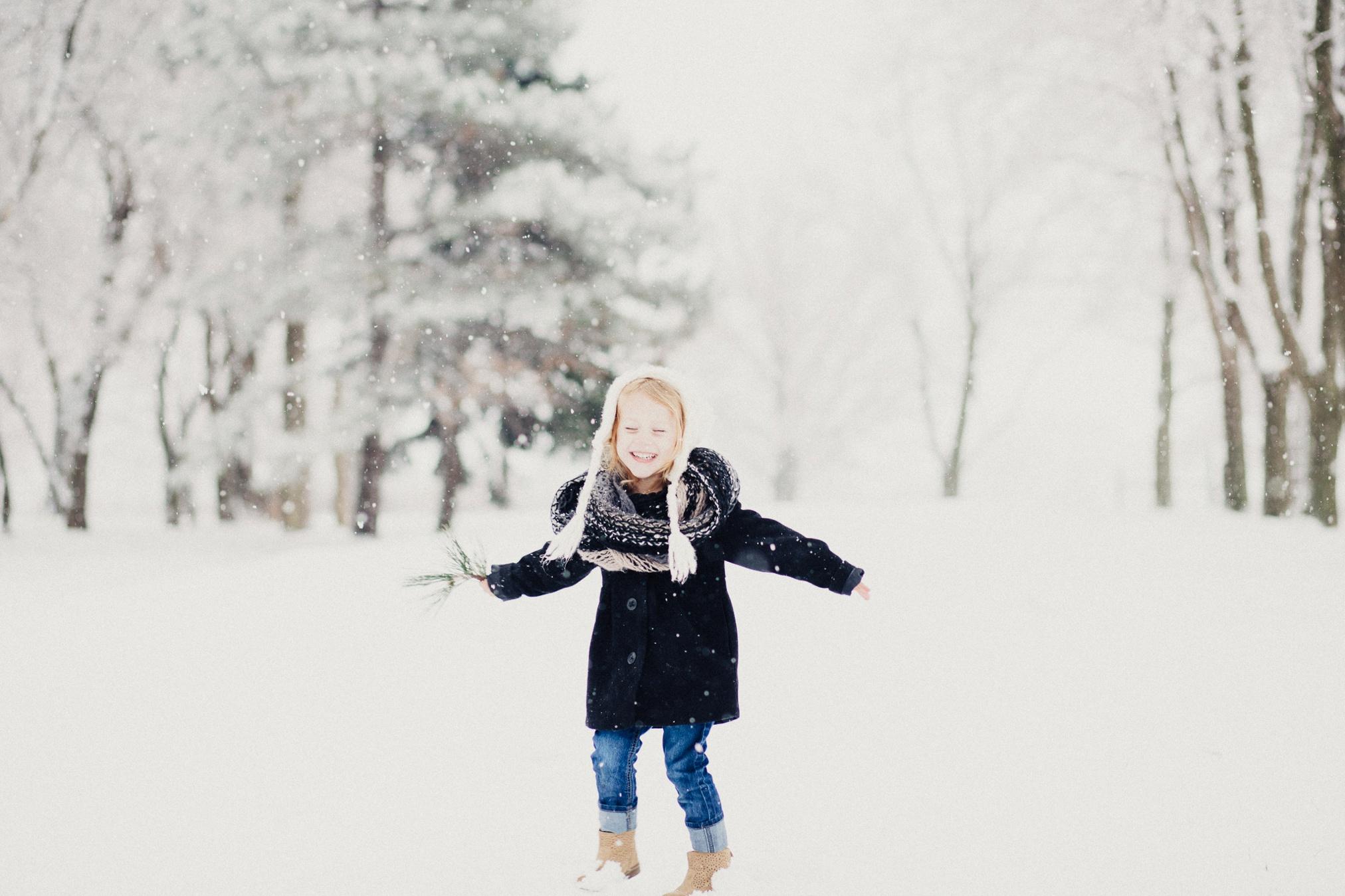Zoe_Cohen_Snow_2015_web-32.jpg