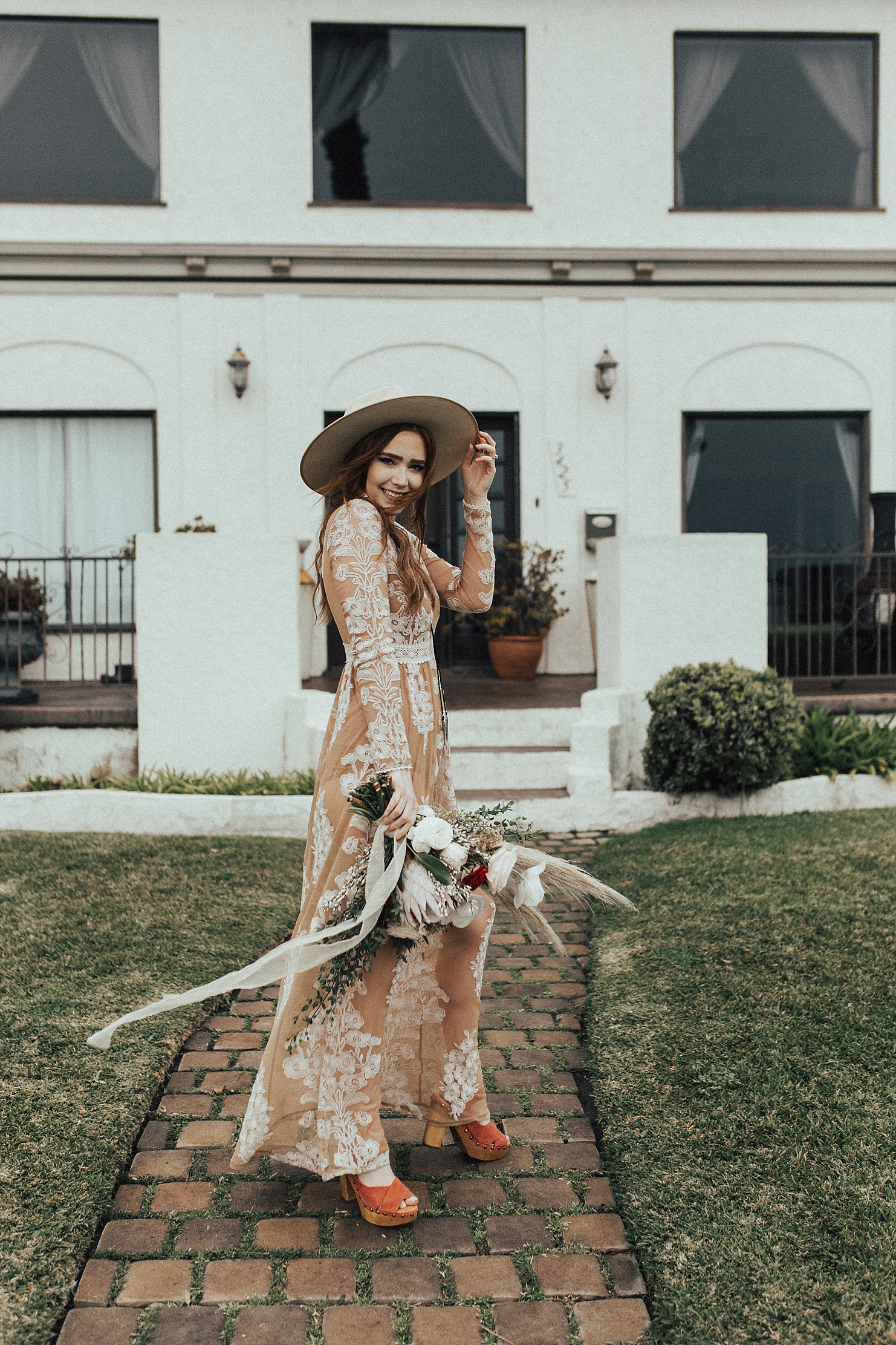 LONG BEACH ELOPEMENT INDIE BRIDE BOHO LOS ANGELES PHOTOGRAPHER RACHEL WAKEFIELD LA ELOPEMENT PHOTOGRAPHER-4.jpg