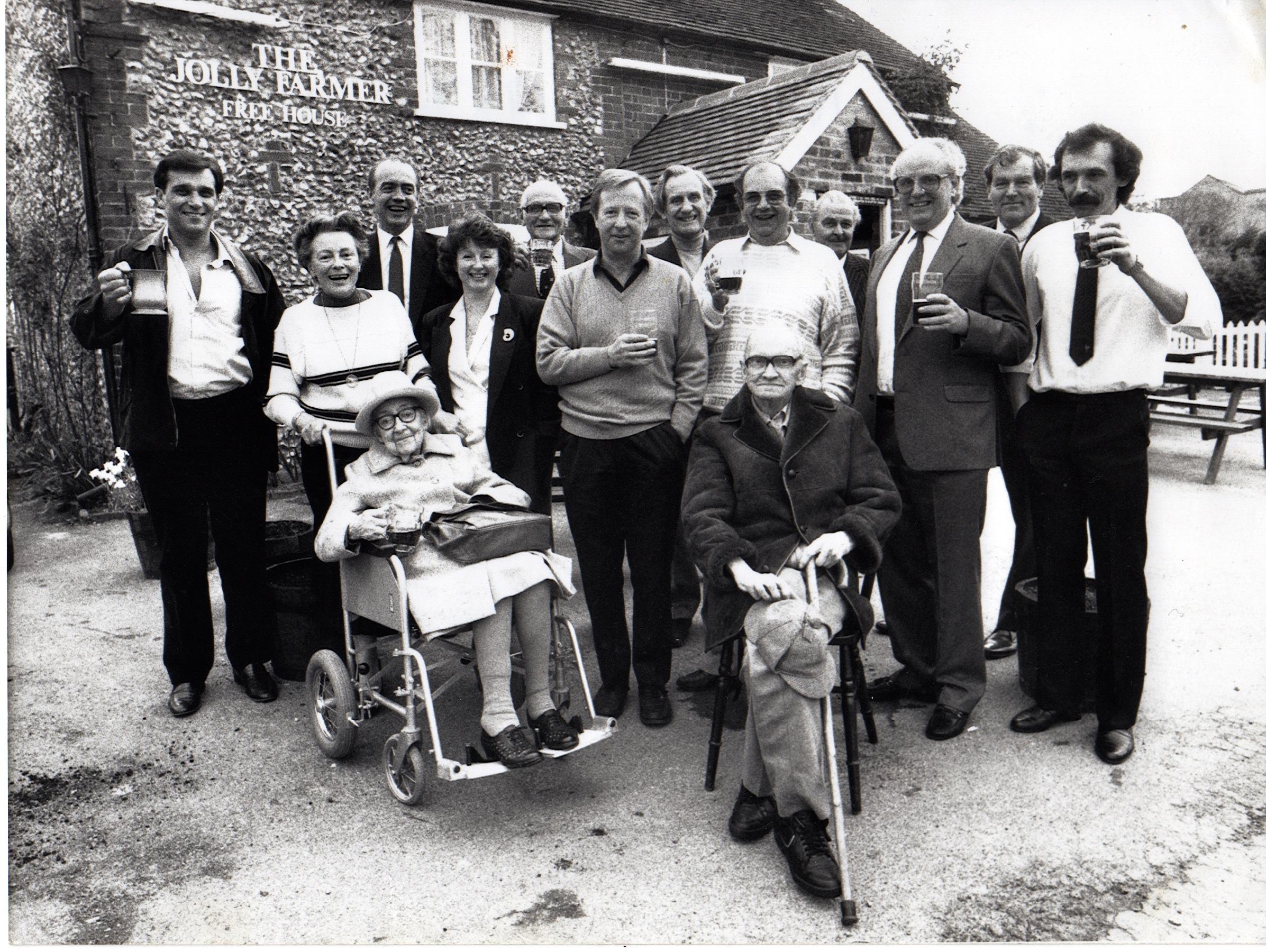 Photo of Orginal Shareholders - B&W - 10 May 1988.jpg