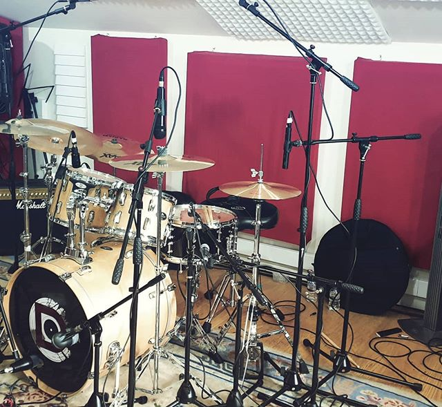 Monday Drumday with Midnight Atlantic #drange #drangestudio #drumrecording #pearl #birchwood #allthemics #aberdeenstudio #recordingstudio #isleofskye