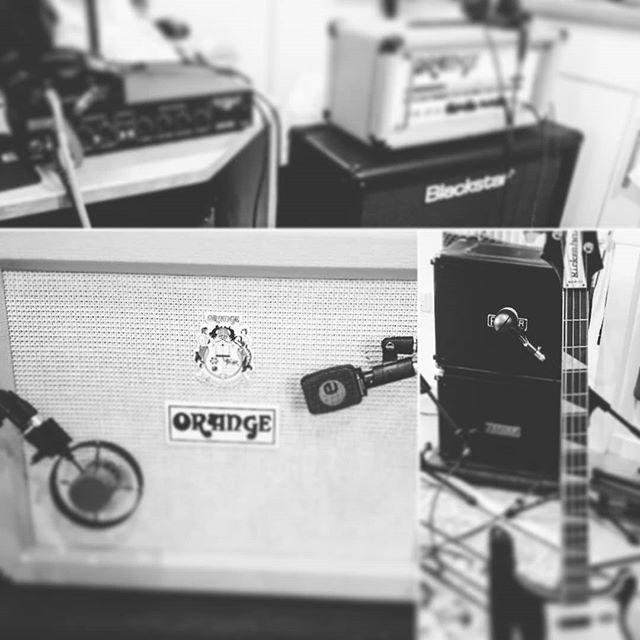 Productive day in the studio. Drums, half of the bass & rhythm guitar done. Round 2 tomorrow #drangestudio #drange #bassguitar #rhythmguitar #fenderrumble #orange #richenbacher #layout #instagramfilters #recordingstudio #corona #sontronics #sennheiser