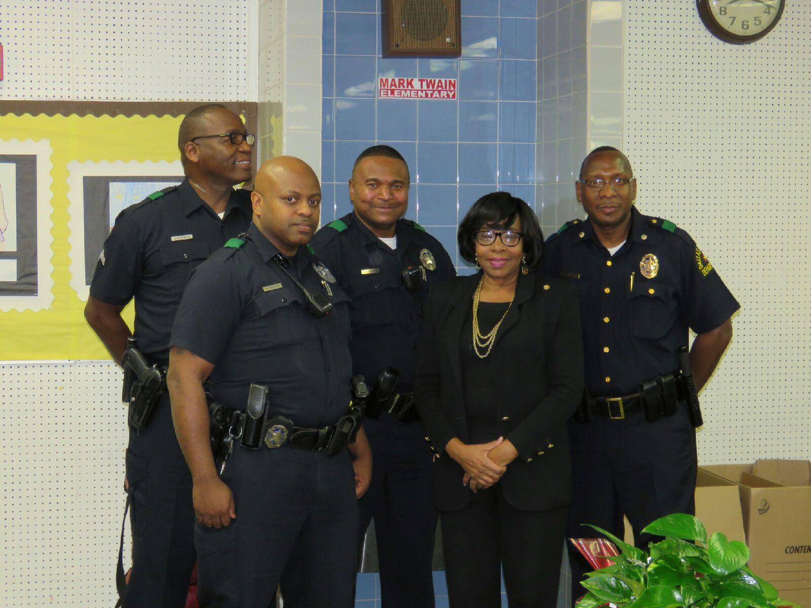 Members of the South Central Neighborhood Police Office.jpg