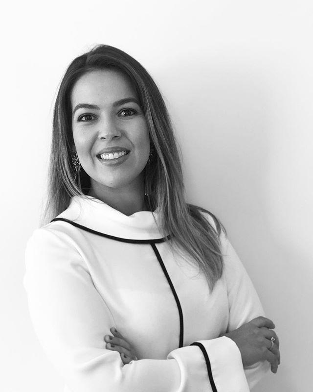 Tayana Mannes Tages | tmt.interiores | Designer de Espaços | Balneário Camboriú | Brasil.  #tmtinteriores #projetotmt #interiordesign #industrialdesigner #designerdeproduto #designdeespacos #designdeinteriores #projeto #reforma #balneariocamboriu #bc