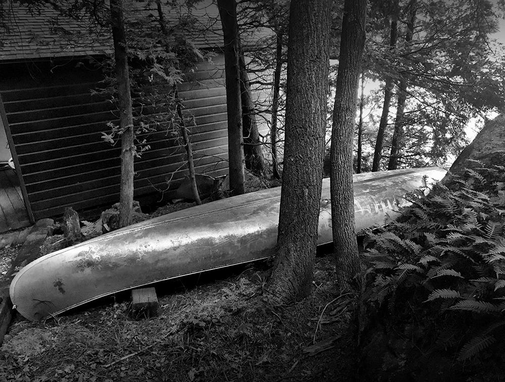 BW.canoe.1000.jpg