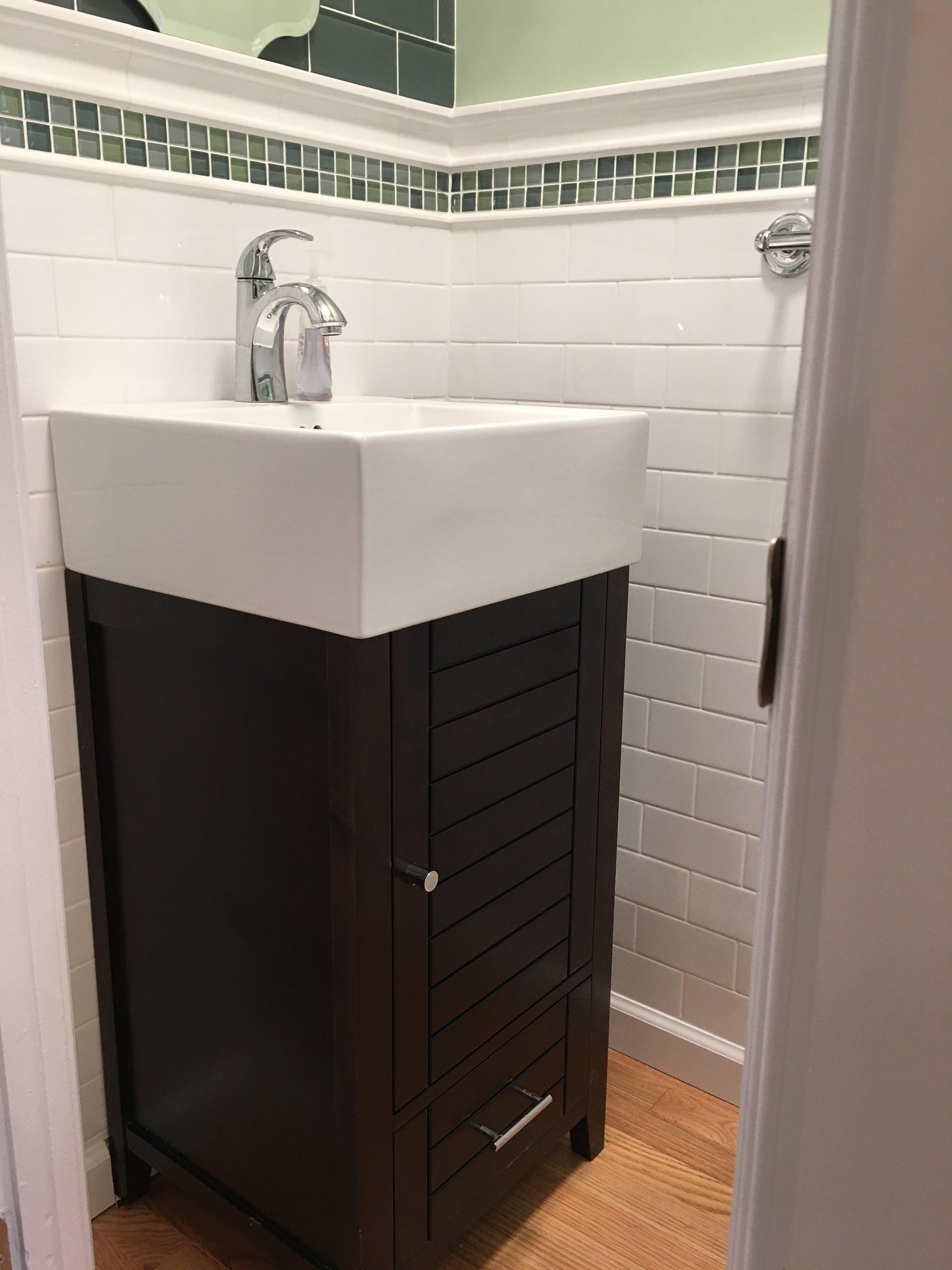 ward bathroom.JPG