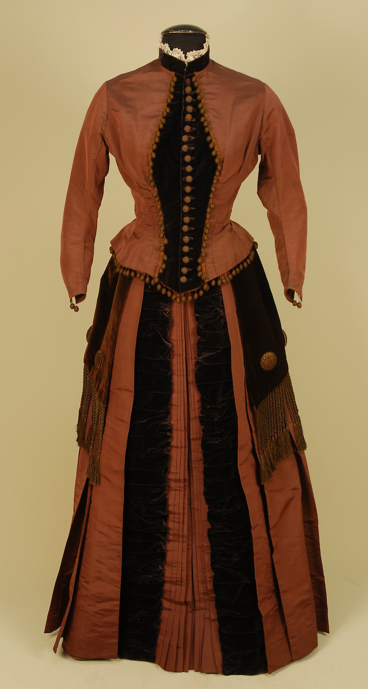 Victorian dress via Charles Whitaker auction house
