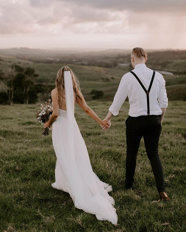 Last month with Hannah & Jacob ✨ Captured by the incredible @jannekestorm #elope #elopebyronbay #microwedding