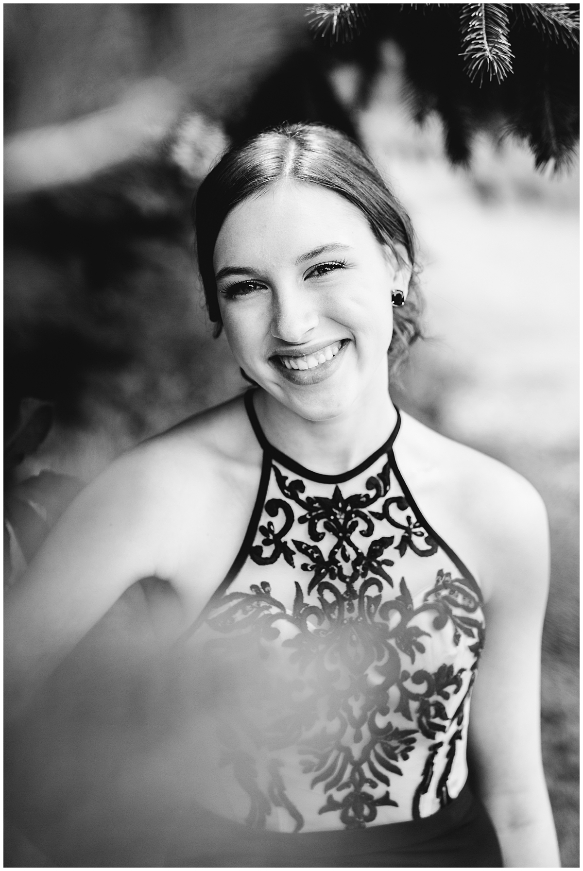 abbotsford-british-columbia- prom photographer- graduation photographer- senior photography- prom- girl in formal gown- claudia-wyler-photography
