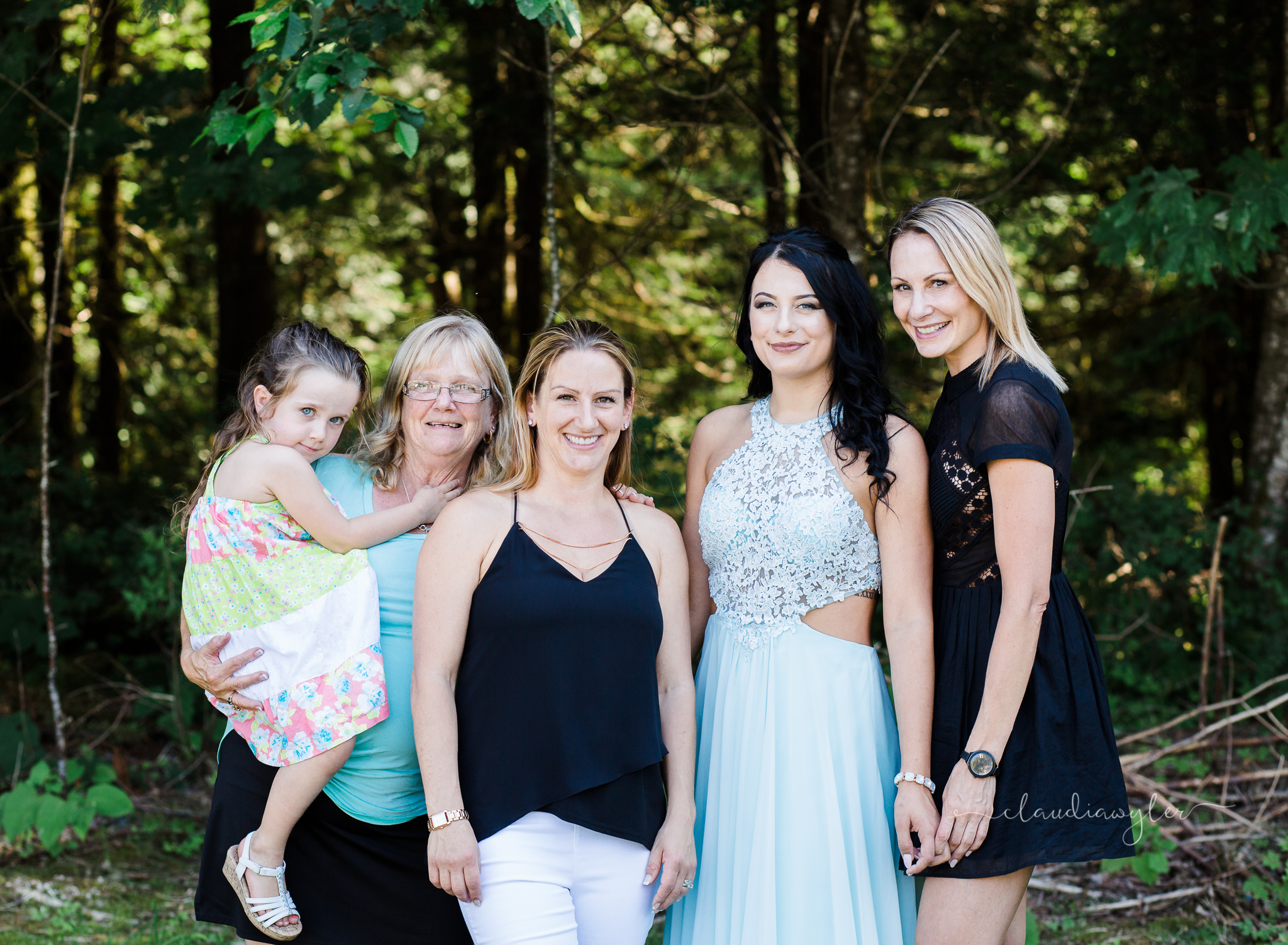 Chilliwack, British Columbia| Prom Photographer| Teen Photographer | Prom Graduation Senior Session| Claudia Wyler Photography and Films