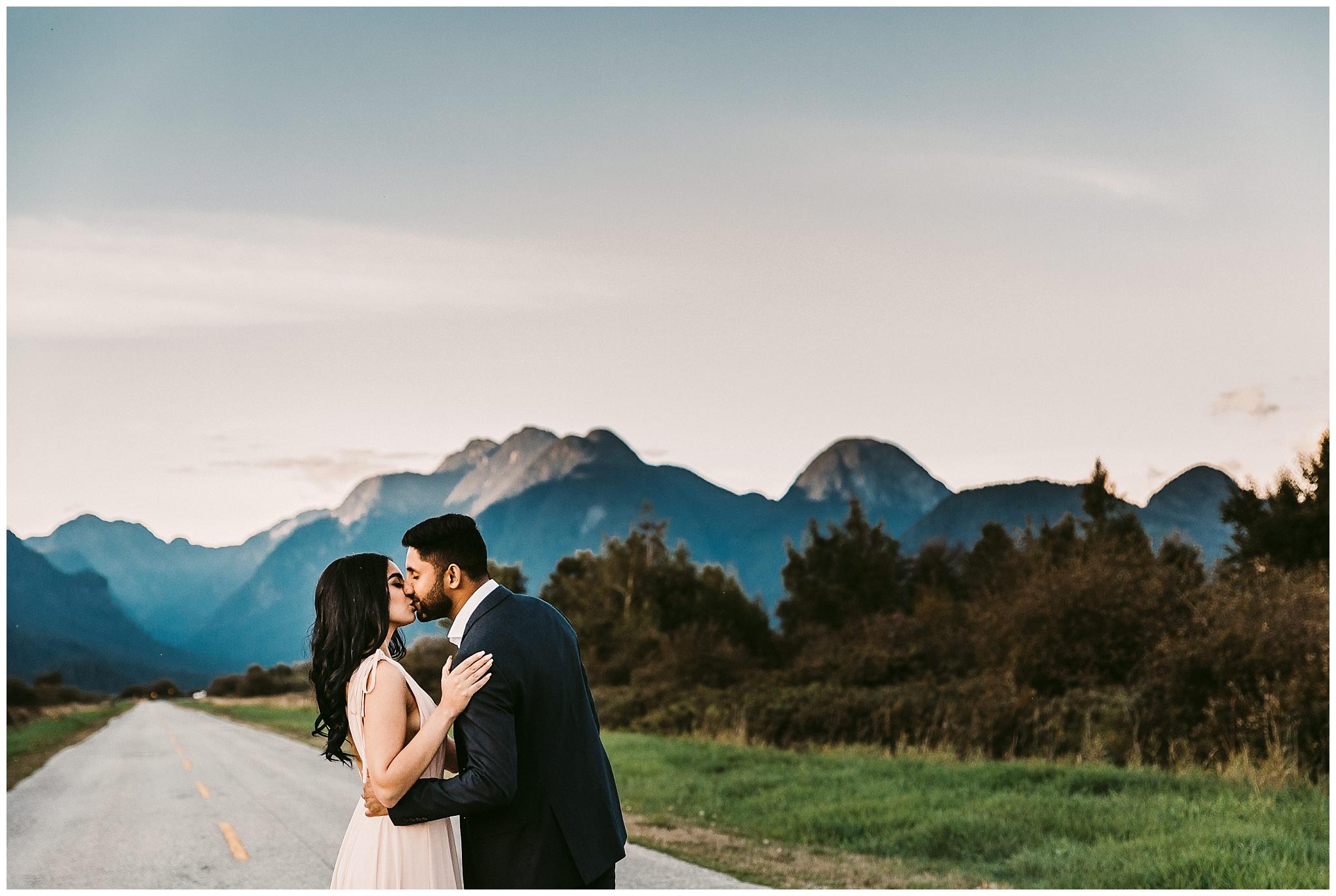 Pitt Lake-Engagement-Photographer-4.jpg