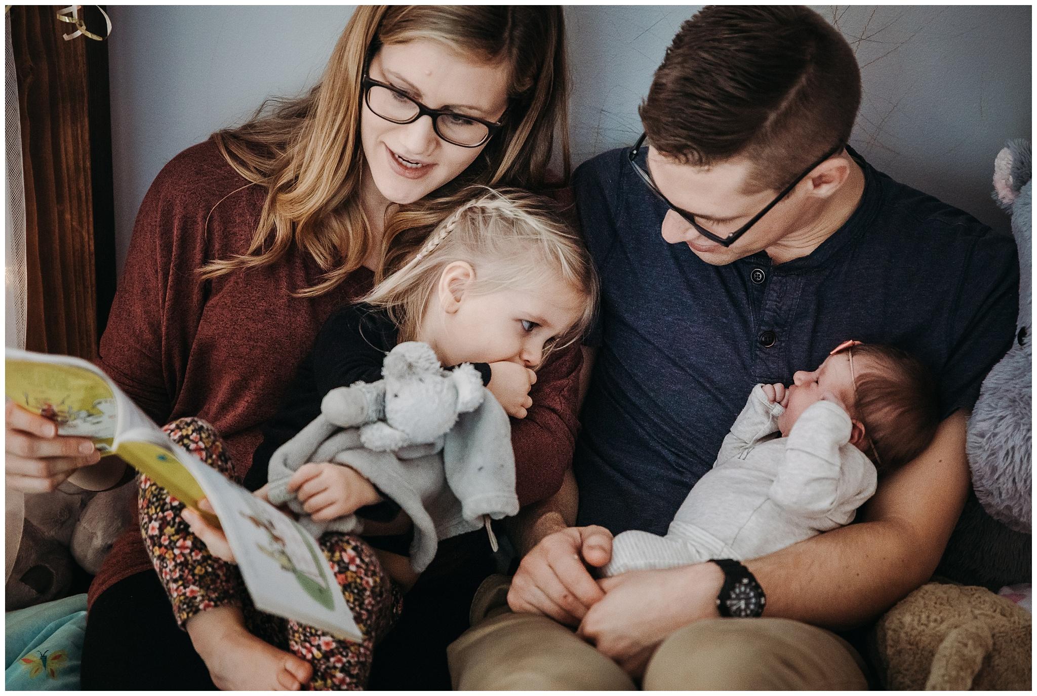 Vancouver-Newborn-Documentary-Family-Photographer-3.jpg