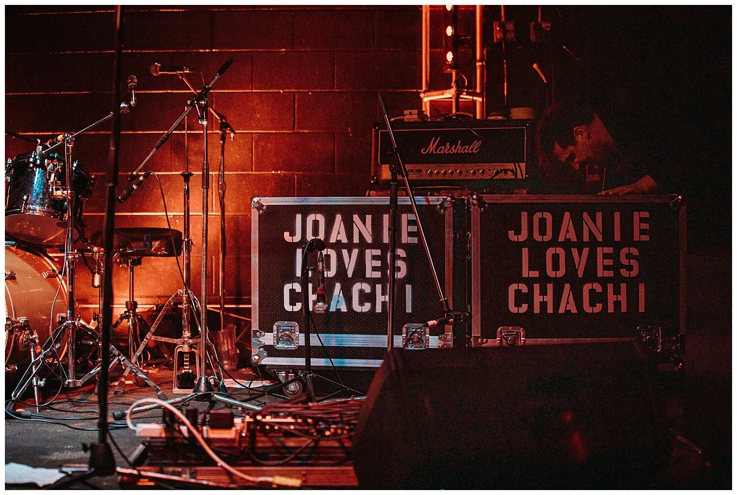 Joanie-Loves-Chachi- Vancouver-Concert-Event- Photographer- Claudia-Wyler-5.jpg