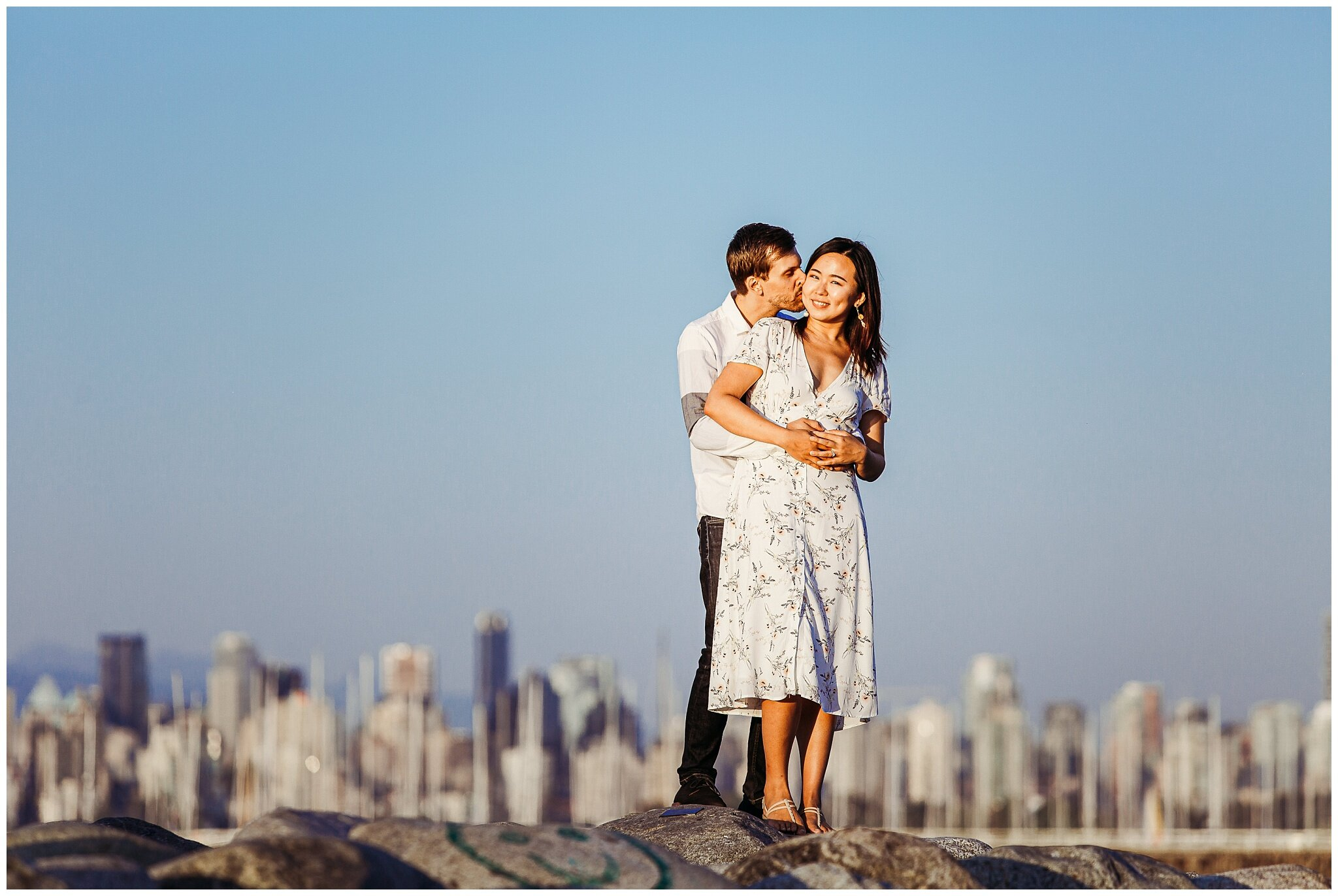 Vancouver Spanish Banks Engagement Photographer City Skyline Romantic Couples_0009.jpg