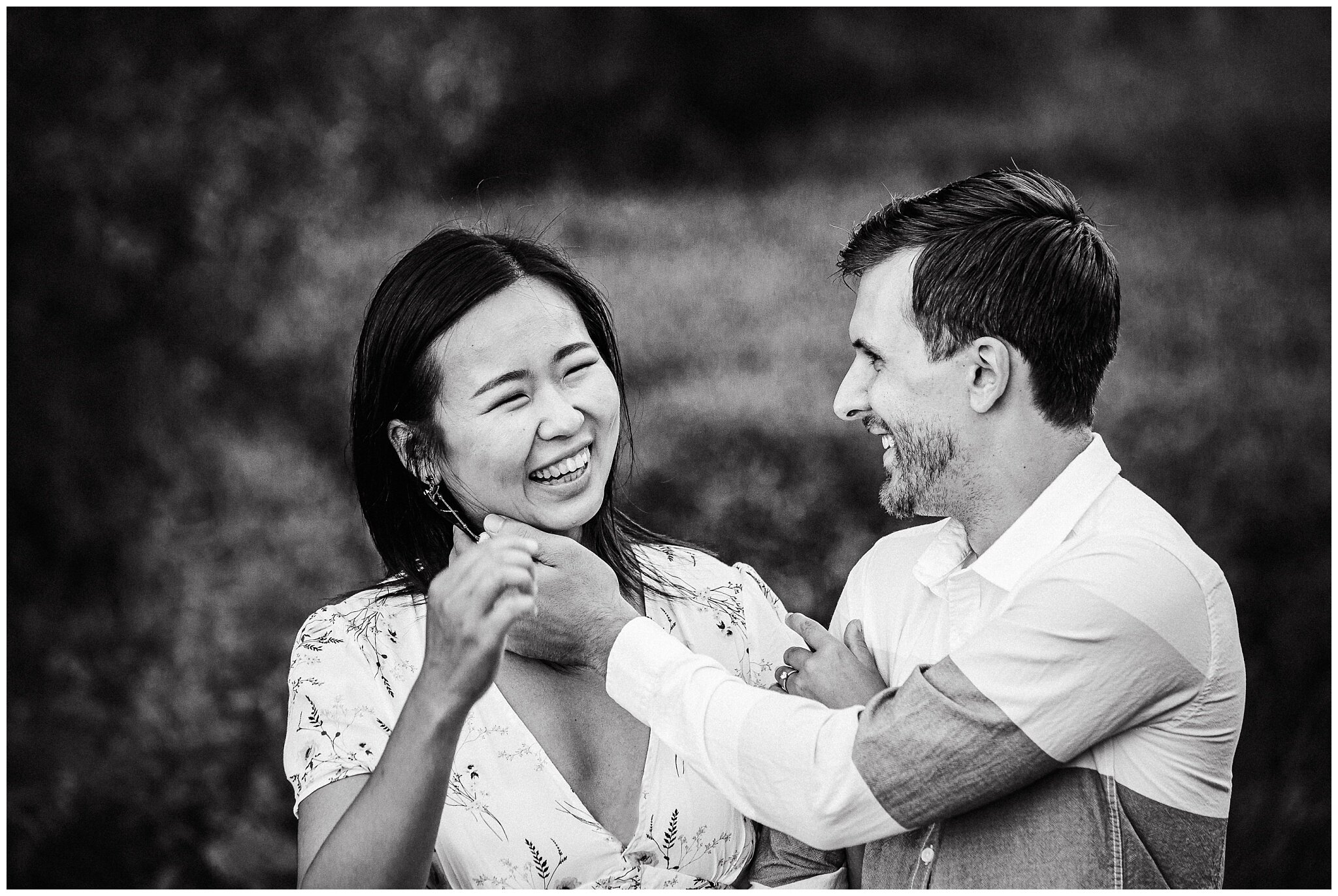 Vancouver Spanish Banks Engagement Photographer City Skyline Romantic Couples_0015.jpg